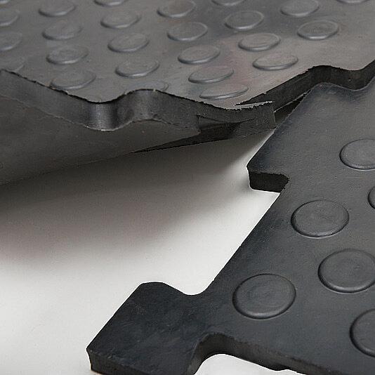 Резиновая плитка для гаража Унидор, 20 мм